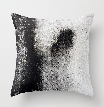 Negro sobre Blanco Pillow Cover, $20